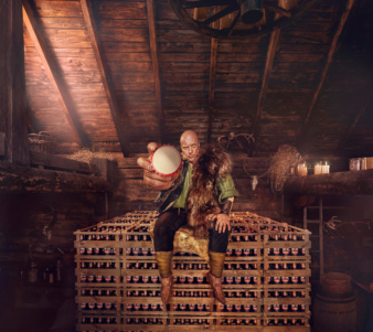 Photoby & Jan Kriwol for Harnas Beer